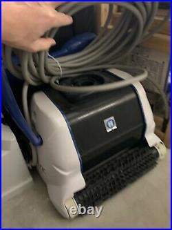 Hayward TigerShark Robotic Automatic Pool Vacuum Quick Clean Cleaner Used